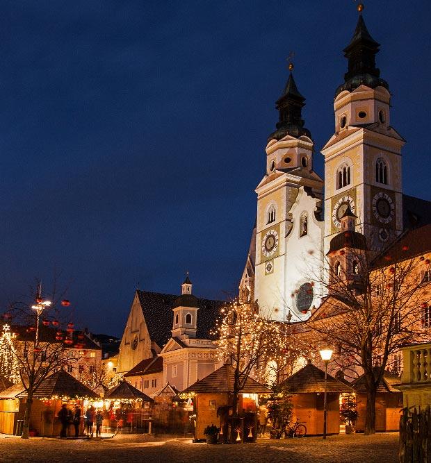 weihnachtsmarkt-brixen-meractino-di-natale-bressanone-christmas-market-south-tyrol